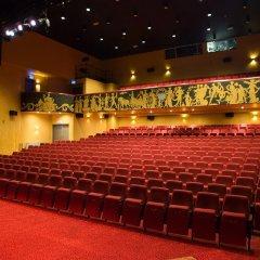 Hotel Theater Figi развлечения