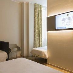 Отель B&B Hotel Roma Pietralata Италия, Рим - отзывы, цены и фото номеров - забронировать отель B&B Hotel Roma Pietralata онлайн удобства в номере фото 2