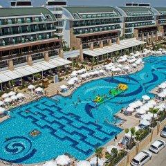 Отель Crystal Waterworld Resort & Spa бассейн