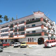 Отель ROSITA Пуэрто-Вальярта парковка