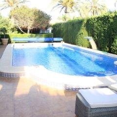 Отель Cabo Roig бассейн