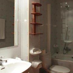 Отель Apartamentos Serrano ванная фото 2