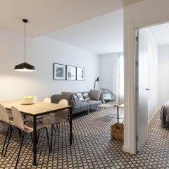 Апартаменты Aspasios Poblenou Apartments комната для гостей фото 2