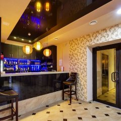 Гостиница Мартон Северная в Краснодаре 5 отзывов об отеле, цены и фото номеров - забронировать гостиницу Мартон Северная онлайн Краснодар гостиничный бар