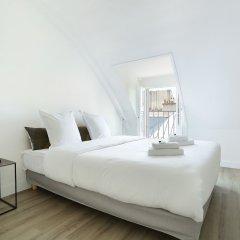 Отель Ponthieu - Champs Elysées Франция, Париж - отзывы, цены и фото номеров - забронировать отель Ponthieu - Champs Elysées онлайн комната для гостей фото 2