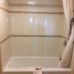 Отель Travelodge Chatsworth США, Лос-Анджелес - отзывы, цены и фото номеров - забронировать отель Travelodge Chatsworth онлайн ванная фото 2