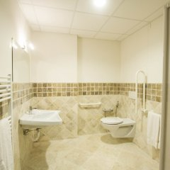 Отель Arezzo Sport College Ареццо ванная