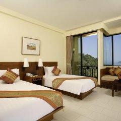 Отель Supalai Resort And Spa Phuket 3* Улучшенный номер с разными типами кроватей фото 4