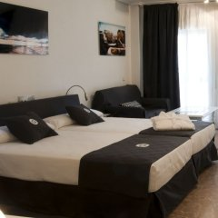 Отель Quo Eraso Aparthotel комната для гостей фото 2