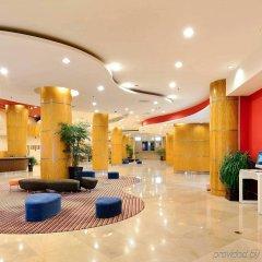 Отель Novotel Beijing Xinqiao Китай, Пекин - 9 отзывов об отеле, цены и фото номеров - забронировать отель Novotel Beijing Xinqiao онлайн интерьер отеля фото 3