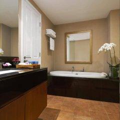 Отель Dusit Suites Hotel Ratchadamri, Bangkok Таиланд, Бангкок - 1 отзыв об отеле, цены и фото номеров - забронировать отель Dusit Suites Hotel Ratchadamri, Bangkok онлайн ванная