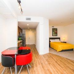 Отель Ginosi Wilshire Apartel комната для гостей фото 9