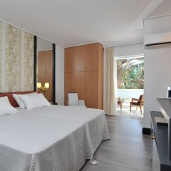 Athenian Riviera Hotel & Suites комната для гостей фото 5