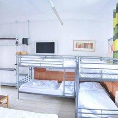 Отель Free Zone-Hostel Praha Чехия, Прага - отзывы, цены и фото номеров - забронировать отель Free Zone-Hostel Praha онлайн комната для гостей фото 4