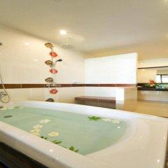 Отель Ramada by Wyndham Aonang Krabi бассейн