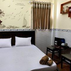 Отель Ba Dat Homestay Q6 комната для гостей фото 4
