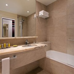 Отель Lisbon Marriott Hotel Португалия, Лиссабон - отзывы, цены и фото номеров - забронировать отель Lisbon Marriott Hotel онлайн ванная фото 2