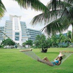 Отель Hilton Sanya Yalong Bay Resort & Spa развлечения