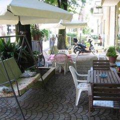 Отель Villa Mirna Римини бассейн