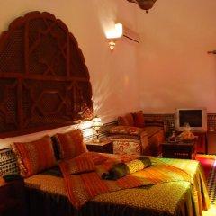 Отель Riad La Perle De La Médina Марокко, Фес - отзывы, цены и фото номеров - забронировать отель Riad La Perle De La Médina онлайн интерьер отеля