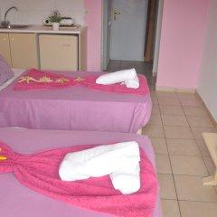 Minoa Hotel сейф в номере