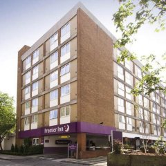 Отель Premier Inn London Hampstead парковка