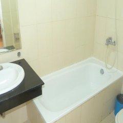 Отель Camellia 3 Ханой ванная фото 2