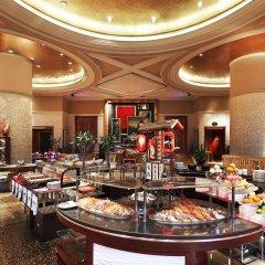 Отель Sheraton Shenzhen Futian Hotel Китай, Шэньчжэнь - отзывы, цены и фото номеров - забронировать отель Sheraton Shenzhen Futian Hotel онлайн питание
