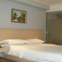 Отель City Comfort Inn Shenzhen Luohu Chunfeng Road Branch Гонконг комната для гостей