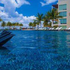 The Elements Oceanfront & Beachside Condo Hotel Плая-дель-Кармен пляж
