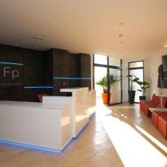 Отель Apartamentos Fuengirola Playa Испания, Фуэнхирола - отзывы, цены и фото номеров - забронировать отель Apartamentos Fuengirola Playa онлайн интерьер отеля