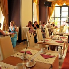 Отель M-Square Hotel Венгрия, Будапешт - 3 отзыва об отеле, цены и фото номеров - забронировать отель M-Square Hotel онлайн питание фото 4