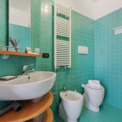 Отель University Fancy Green House Италия, Болонья - отзывы, цены и фото номеров - забронировать отель University Fancy Green House онлайн ванная фото 2