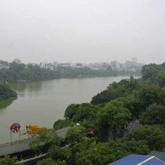 Отель Lakeside Palace Hotel Вьетнам, Ханой - отзывы, цены и фото номеров - забронировать отель Lakeside Palace Hotel онлайн приотельная территория