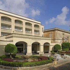 Corinthia Palace Hotel & Spa Malta парковка