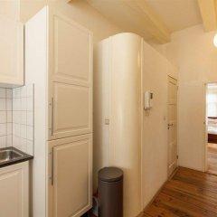 Апартаменты Old Masters Apartment в номере