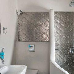 Отель Tramonto Secret Villas Греция, Остров Санторини - отзывы, цены и фото номеров - забронировать отель Tramonto Secret Villas онлайн ванная