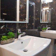 Отель Filipi Hostel Албания, Саранда - отзывы, цены и фото номеров - забронировать отель Filipi Hostel онлайн ванная