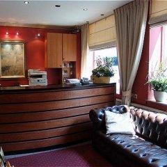 Отель Albert Hotel Бельгия, Брюссель - 1 отзыв об отеле, цены и фото номеров - забронировать отель Albert Hotel онлайн интерьер отеля фото 2