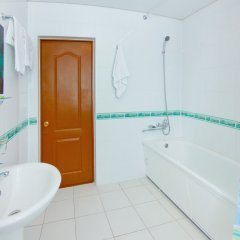 Гостиница Мини-отель Причал в Калуге 14 отзывов об отеле, цены и фото номеров - забронировать гостиницу Мини-отель Причал онлайн Калуга ванная