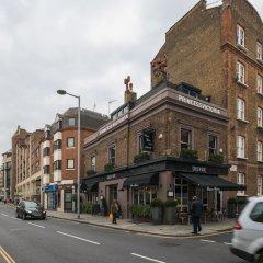 Отель Delightful Kensington Home close to Hyde Park Лондон городской автобус