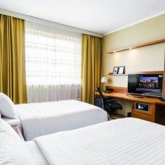 Отель Courtyard by Marriott Prague Airport комната для гостей фото 2