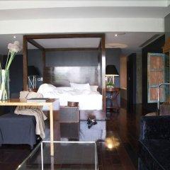 Отель Demetria Hotel Мексика, Гвадалахара - отзывы, цены и фото номеров - забронировать отель Demetria Hotel онлайн сейф в номере