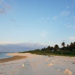 Отель Finimas Residence Мальдивы, Тимарафуши - отзывы, цены и фото номеров - забронировать отель Finimas Residence онлайн пляж фото 2