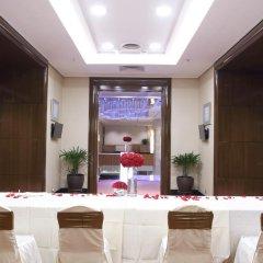 Отель Corus Hotel Kuala Lumpur Малайзия, Куала-Лумпур - 1 отзыв об отеле, цены и фото номеров - забронировать отель Corus Hotel Kuala Lumpur онлайн спа фото 2