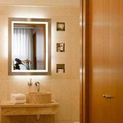 Отель Renaissance New York Hotel 57 США, Нью-Йорк - отзывы, цены и фото номеров - забронировать отель Renaissance New York Hotel 57 онлайн ванная