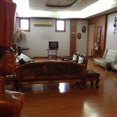 Отель Max-One House интерьер отеля фото 2