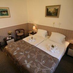 Отель Anette сейф в номере фото 2