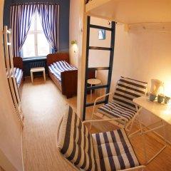 Отель Oki Doki Hostel Польша, Варшава - 1 отзыв об отеле, цены и фото номеров - забронировать отель Oki Doki Hostel онлайн комната для гостей фото 2