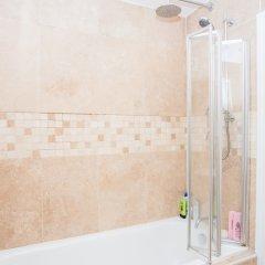 Отель 2 Bedroom Home In Islington ванная фото 2